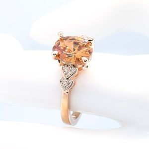 Gorgeous champagne oval cut CZ in Rose Gold